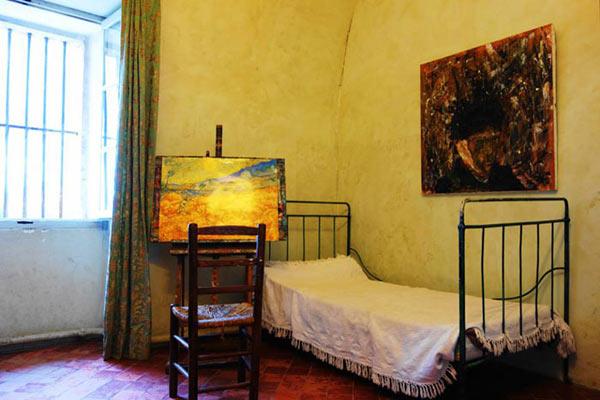 Saint-Paul de Mausole et la chambre de Vincent van Gogh